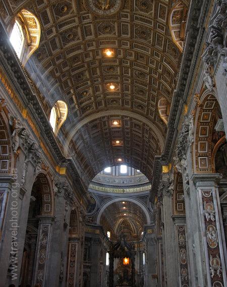 Ватикан собор Святого Петра интерьер