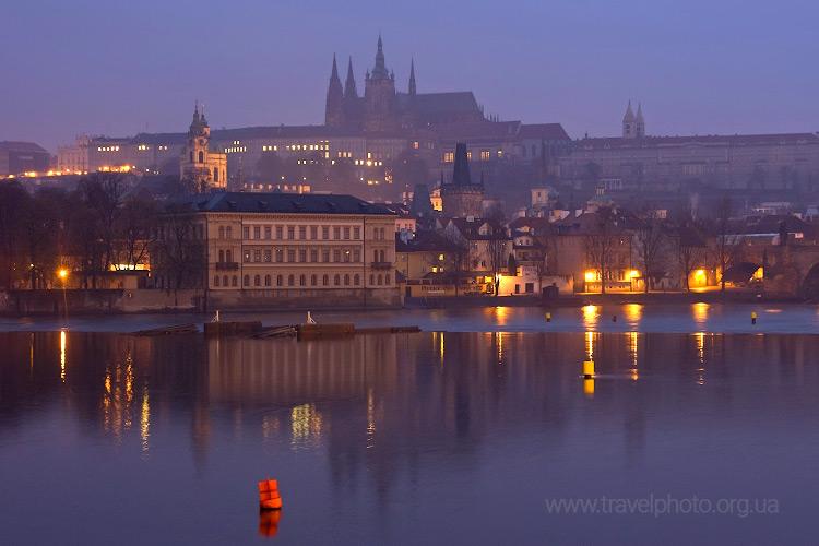 Прага ночь, Карлов мост