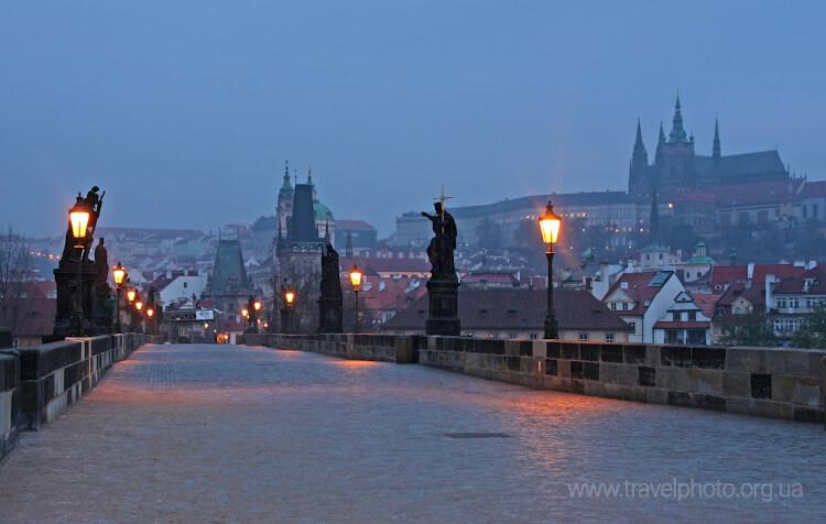 Карлов Мост ночь. Прага