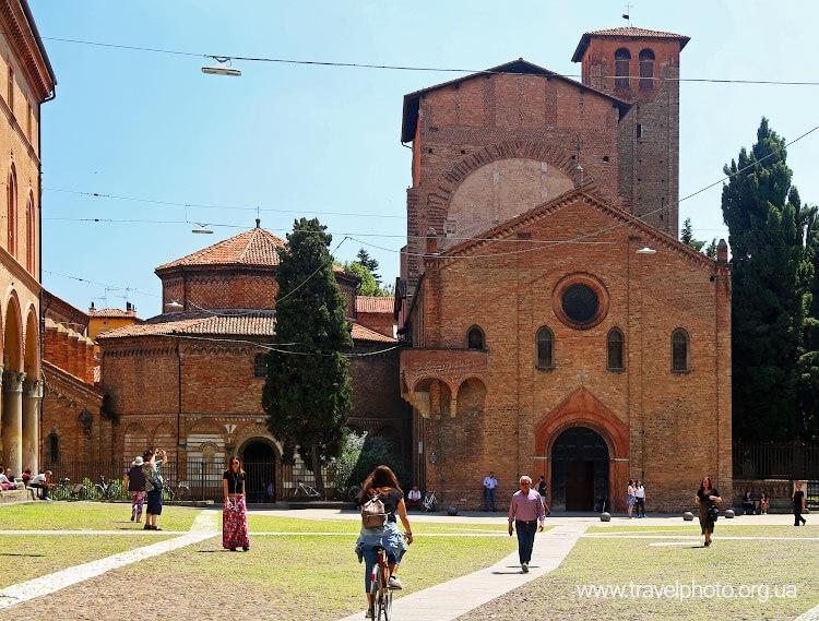 Церковь святого Стефана в Болонье